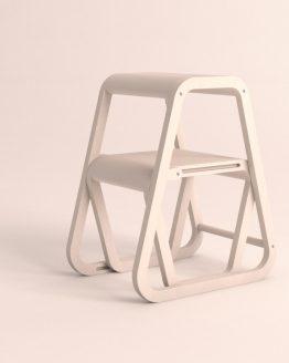 Aifos Stegpall – vit köksstege/pall i modern design – ifällt läge