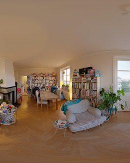 HDRI – Mysig lägenhet (sommar, solnedgång) – förhandsgranskning av ekvirektangulär projektion (EV 4.65; Filmic Blender)