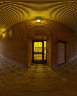 HDRI – Postmodern passage (sommar, solnedgång) – förhandsgranskning (EV 3.75; Filmic Blender)