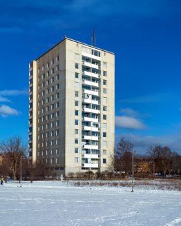 Förstadskoloss – fotografi av Sanning Arkitekter